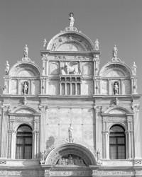 Santi Giovanni e Paolo, Ospedale, Facciata, Venezia, Italia INFO