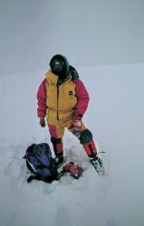Krzysztof Wielicki sulla cima del Cho Oyu (8.201 m)