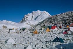 Il campo base del Cho Oyu, Tibet