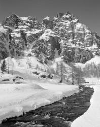 Pizzo Fizzi e Torrente Devero, Alpe Devero, Italia INFO