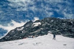 In arrampicata sulla Cresta Nord dell'Everest (8.848 m), Tibet