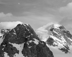 Piz Cambrena e Piz Trovat, Tramonto, Gruppo del Bernina, Svizzera INFO