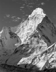 Ama Dablam, Parete Nord-Est, Himalaya, Nepal INFO