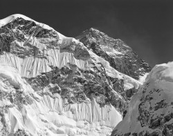 Monte Everest e West Shoulder, Himalaya, Nepal INFO