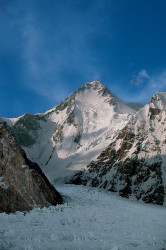 Gasherbrum I (8.068 m), Pakistan