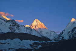 K2 (8.611 m), versante cinese