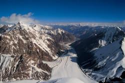 Il ghiacciaio K2 dallo spigolo Nord del K2 (8.611 m), Cina