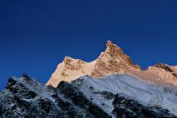 Il Manaslu (8.163 m) dal campo base, Nepal