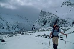 Andrea Rosa durante l'avvicinamento al Makalu, Nepal