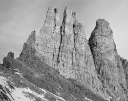 Torri del Vajolet dal Re Alberto, Dolomiti, Italia INFO