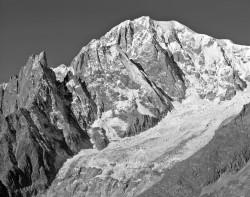 Monte Bianco e Aiguille Noire de Pueterey, Versante Brenva, Italia INFO