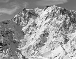 Monte Rosa, Parete Est, Mattina Invernale, Italia INFO