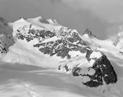 Bellavista e Crest'Aguzza, Mattina, Gruppo del Bernina, Svizzera INFO
