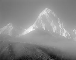 Pumori e Khangri Shar, Mattina, Himalaya, Nepal INFO